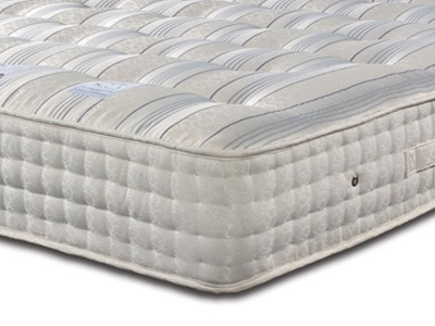 Sleepeezee New Backcare Ultimate 2000 4FT 6 Double Mattress