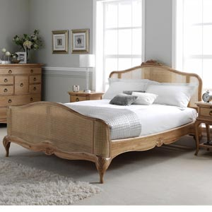 Willis Gambier Charlotte 6FT Superking Wooden Bedstead