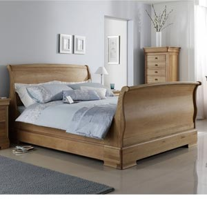 Willis Gambier Lyon High Footend 6FT Superking Wooden Bedstead