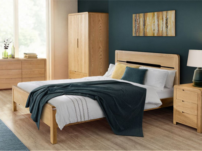 Julian Bowen Curve  Wooden Bed