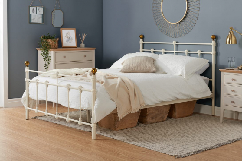 Birlea Atlas 4FT 6 Double Metal Bed Frame - Cream